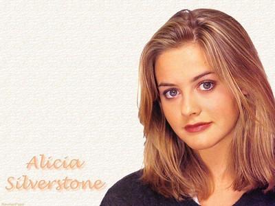 Alicia027