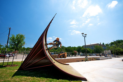 "Wait make that ""Skater"" Artist Sculpture Craftsman...Chris Levack checking out the installation...seems smooth!"