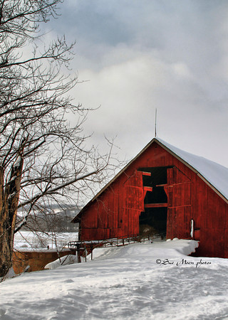 Barn by the Road_5423159009_o