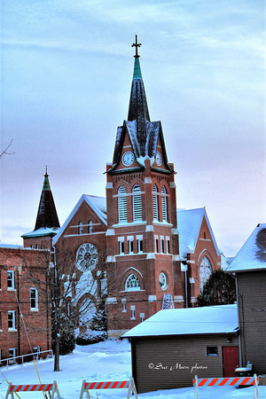 Although a blizzard was forcast for later in the day, the Swiss Church looked peaceful early in the morning.