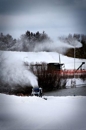 snowmaker_2438