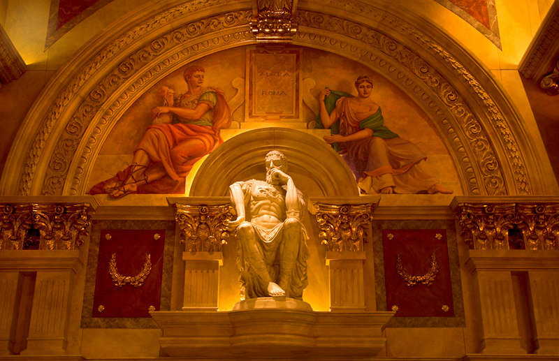 Statue and Painting Inside Caesars<br /> Pentax DS<br /> AWB<br /> ISO 200<br /> 12-24mm F2.8-4 Lens