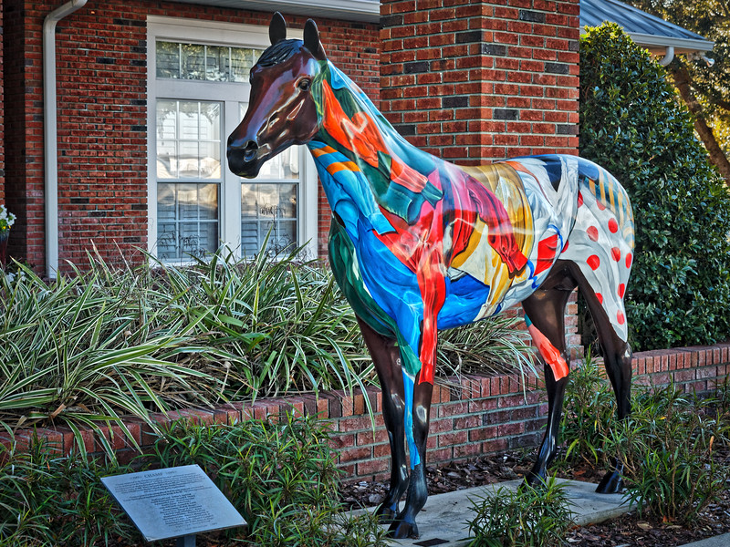 "Ocala Horse Fever statue, ""Champ"""