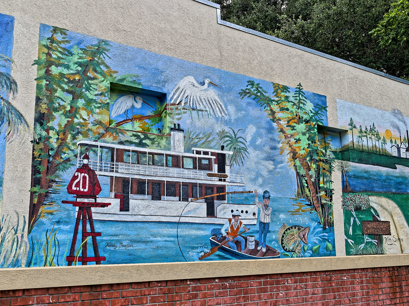 "Palatka's ""Noah's Ark"" Mural"