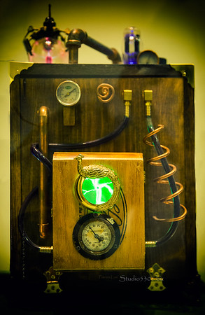 Steampunk device green dial 7570