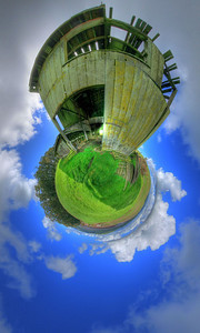 Planet Old Barn