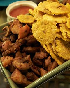 Carne Frita con Tostones 3/3
