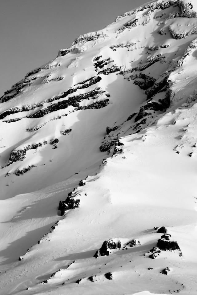 Mt Rainier B&W 007