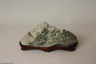 Creative Daiza for Cut Stones