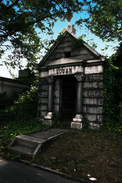 Hollywood Cemetery Logan Mausoleum