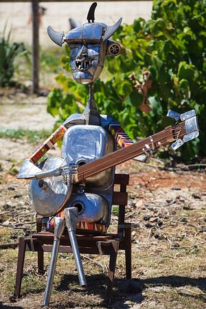 Jamming at the Beach, Joe Stark - Swell Sculpture Festival 2014, Visit 1; Curumbin, Gold Coast, Queensland, Australia; 17 September 2014. Photos by Des Thureson