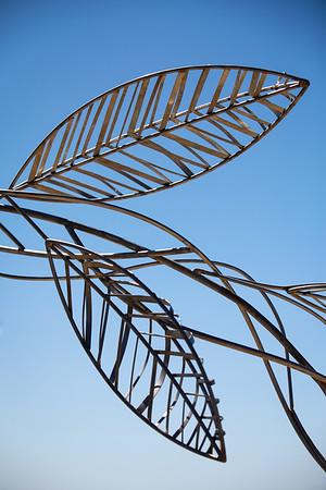 Paradise Girt by Sea, Jules Hunt - Swell Sculpture Festival 2014, Visit 1; Curumbin, Gold Coast, Queensland, Australia; 17 September 2014. Photos by Des Thureson