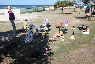 Sandy The Dog Walker, Monte Lupo - Swell Sculpture Festival 2016, Visit 1; Currumbin, Gold Coast, Queensland, Australia; 12 September 2016. Photos by Des Thureson - http://disci.smugmug.com