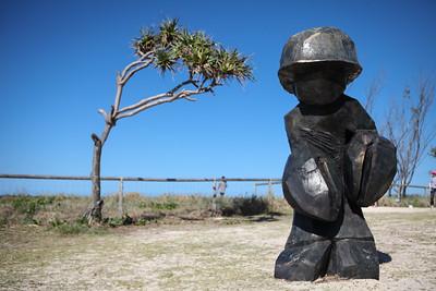 Lobster Claw Hand Boy, Wayne Markwort - Swell Sculpture Festival 2016, Visit 1; Currumbin, Gold Coast, Queensland, Australia; 12 September 2016. Photos by Des Thureson - http://disci.smugmug.com