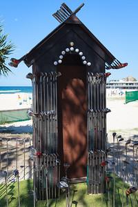 Club House, Scott Maxwell - Swell Sculpture Festival 2016, Visit 1; Currumbin, Gold Coast, Queensland, Australia; 12 September 2016. Photos by Des Thureson - http://disci.smugmug.com