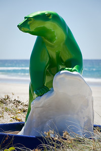 The Rising Tide, John Cox - Swell Sculpture Festival, Pacific Parade, Currumbin Beach, Gold Coast, Queensland, Australia. Photos by Des Thureson:  http://disci.smugmug.com.