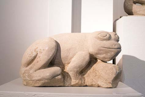 William Glover, BFA 2013<br /> Frog on a Log