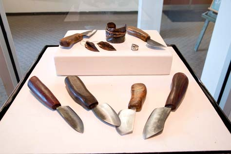 Liz Richter, MFA<br /> Knives & Jewelry