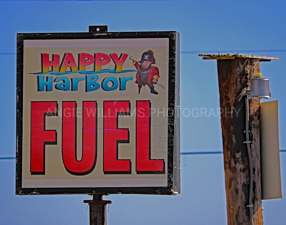 Happy Harbor Fuel Sign