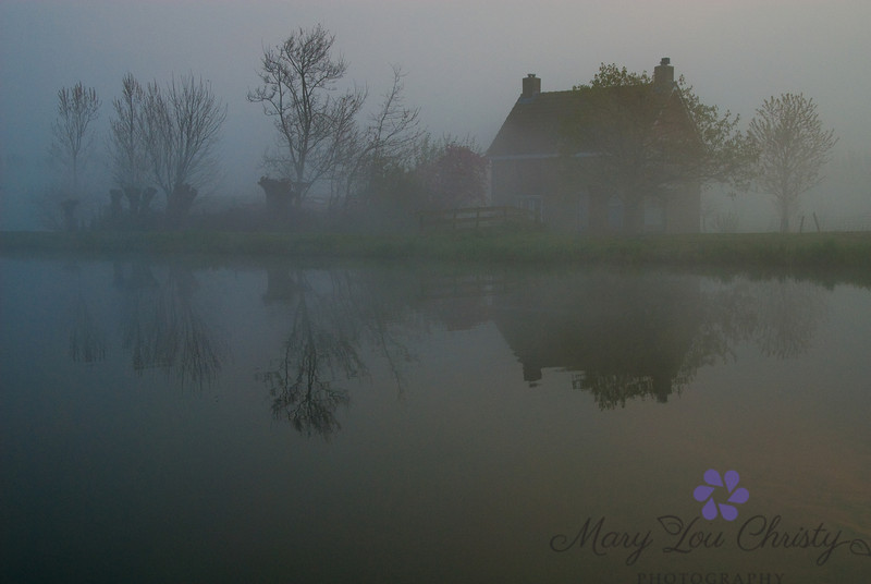 Foggy early morning in Holland.