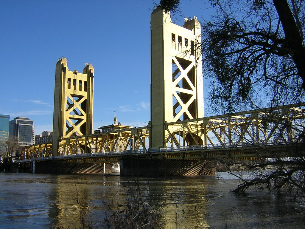 Tower Bridge, Sacramento, CA, February 2006. Image Copyright 2003 - 2006 by DJB.  All Rights Reserved.