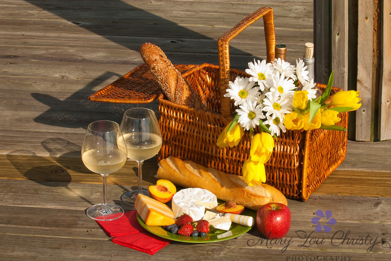 Dock picnic