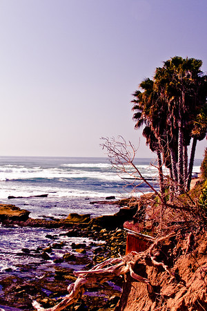 border by water<br /> <br /> La Jolla, CA