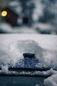 lens cap in snow