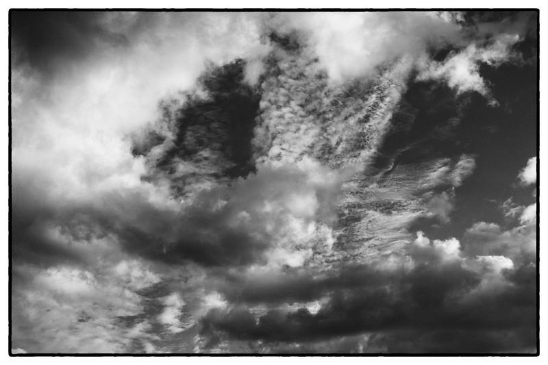 Clouds 11.05.2020 19:45 18 Uhr