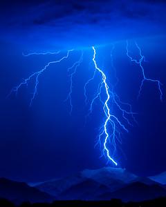 1101_Lightning
