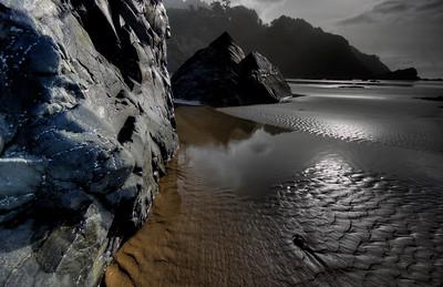 Wide Blue Rock