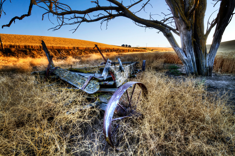 Abandoned Fertilizer Spreader<br /> near Dufur, Oregon<br /> <br /> by Brett Downen