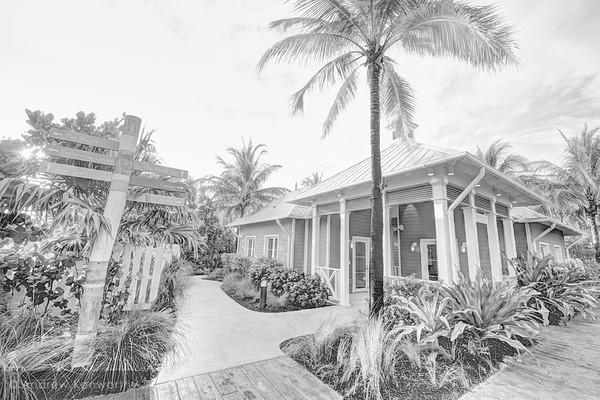 Bahama's 125