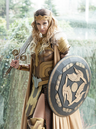 married-to-a-goddess-hippolyta
