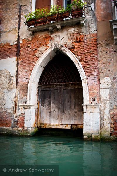 Venice 3589
