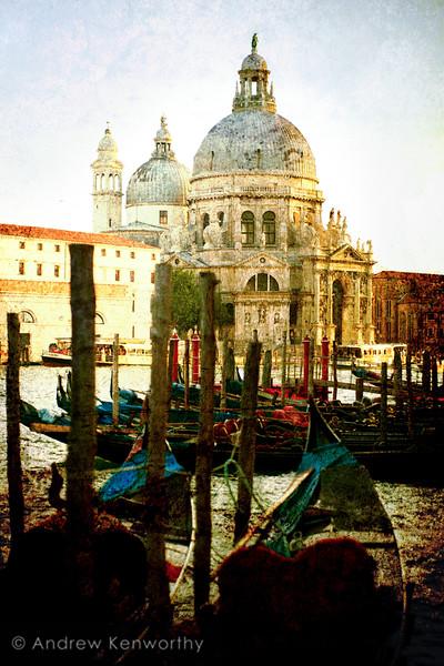 Venice 3215T