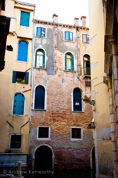 Venice 3170