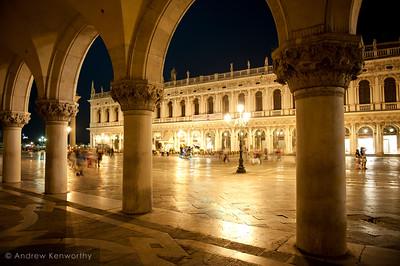 Venice 3715