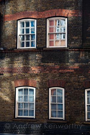 01 London 1420