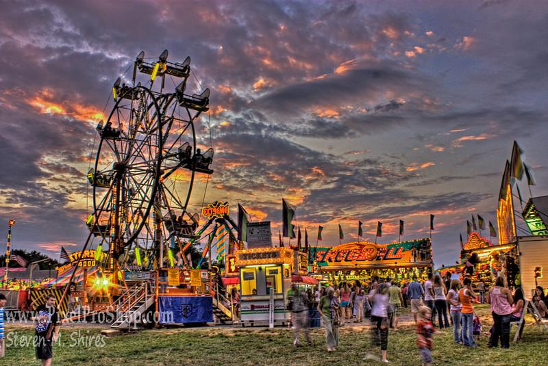 Twilight Farris Wheel - Rockbridge Regional Fair 2009