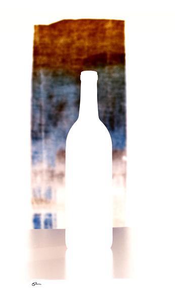 Bottle and stripes - sig