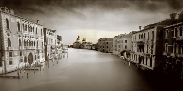 F_GrandCanal_Venice_Gold