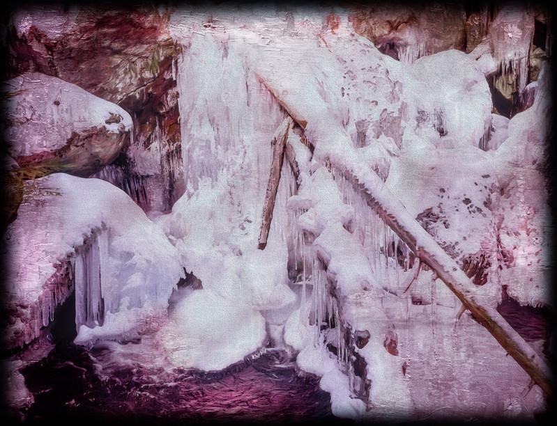 natures ice sculpture