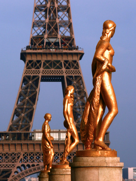 Esculturas da Esplanada do Trocadéro