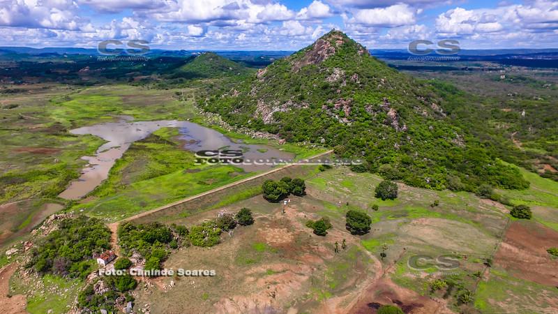 Açude e Pico do Totoró