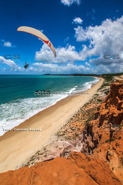 Parapente na Praia de Cacimbinha