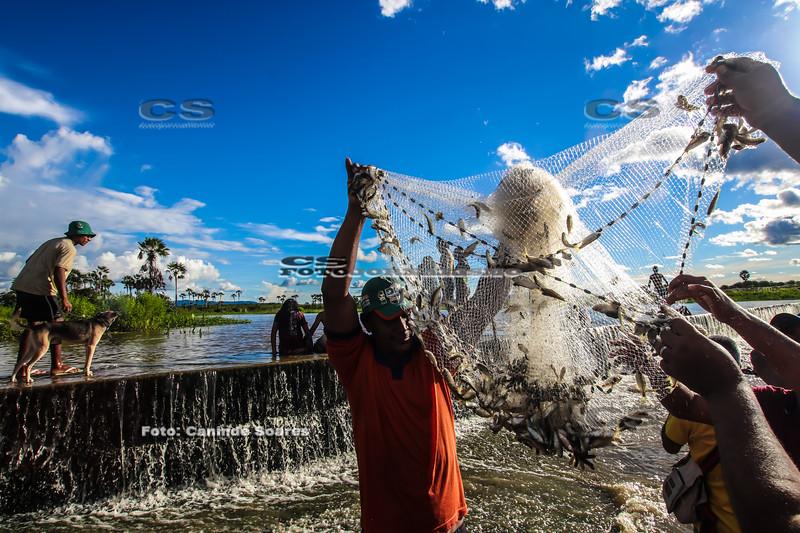 Pescaria na Sangria da barragem