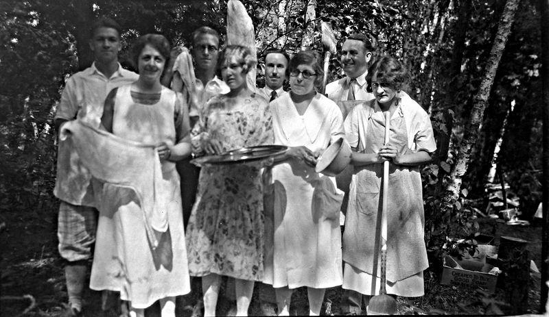 37-aa George-Rowland-Cortland-Stowell-Marie-Madeline Stebbins & 2 women Roaring Brook sharpened