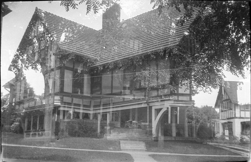 58q Our House 109 N Walnut double exposure