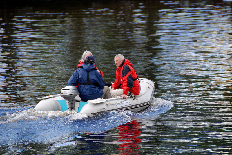 Eric Herreven, with back to camera, takes his RIB out towards Lough Ree on Saturday afternoon.  The rest of the Crusing Club CIC remained in Athlone to watch Leinster v Toulouse.